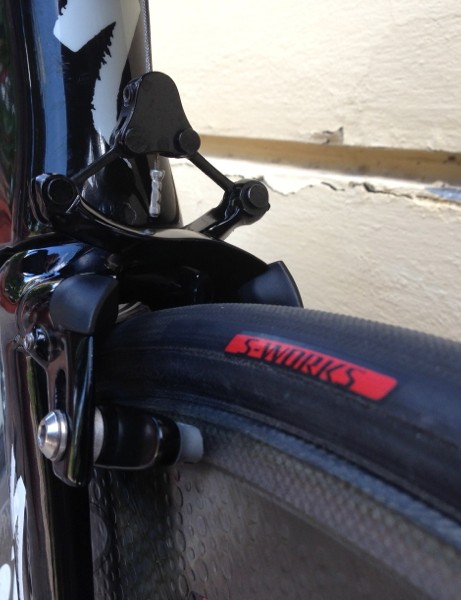 Tony Martin's Specialized S-Works Shiv TT at the 2013 World Championships: Specialized continues to tinker with its clincher compounds and construction. This prototype is 24.2mm and Martin runs it at 8bar