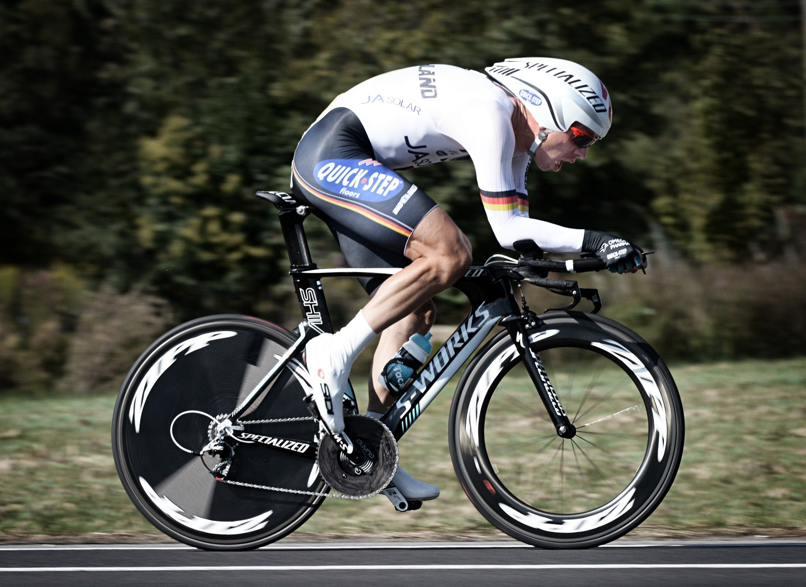 Tony Martin (Germany) piloted his Specialized Shiv to victory today with a  58T chainring-