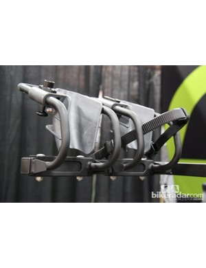 The cradles are adjustable and to fit 26in, 650b (27.5in) and 700c (29in) wheels.