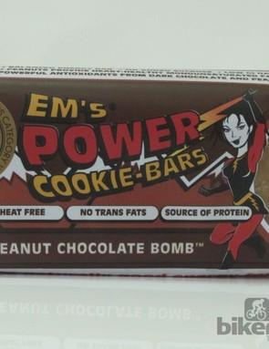 Em's Power Cookie Bars - Peanut Chocolate Bomb