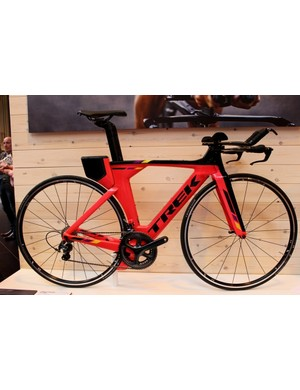The revised Trek Speed Concept 9-Series has just landed in the UK – this is the women's version