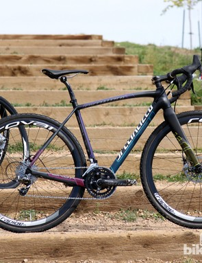 While it's not the most expensive model in Specialized's cyclocross bike lineup, the CruX Pro Race Red Disc is perhaps the most raceworthy of the bunch with its smart parts mix and two sets of wheels included in the purchase price - one for training, and one for racing