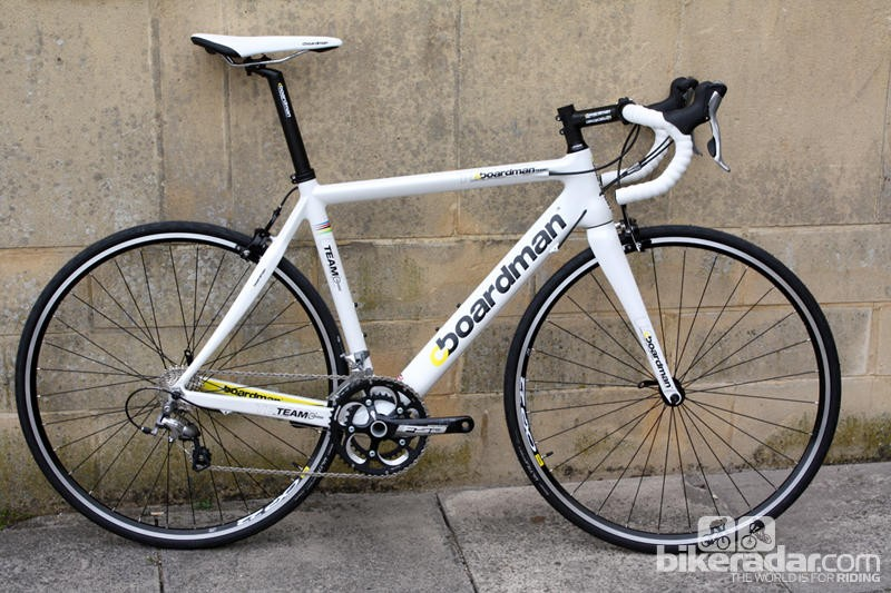 The Boardman Road Team Carbon - a popular, full carbon road bike for under £1,000