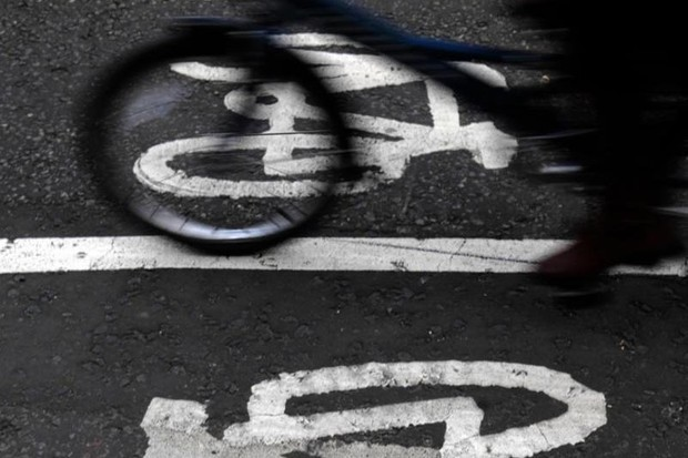 The Welsh Government has voted to make local authorities identify and build new cycle lanes