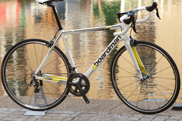 The Boardman Road Pro Carbon SLR (£1799.99) is Shimano Ultegra 11sp equipped throughout