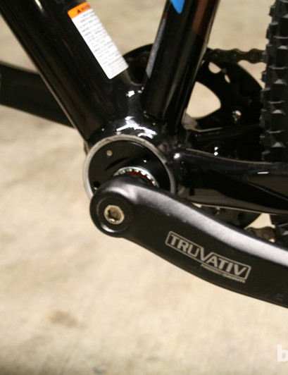 Simple Truvativ crankset is housed in eccentric bottom bracket shell