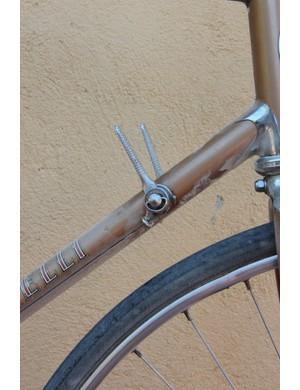 L'Eroica Pro bike: Campagnolo Nuovo Record down tube shifters