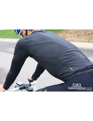 Bontrager fall wear: The RXL Thermal longsleeve jersey is nicely tailored for the riding position, with long but not baggy arms, an appropriate shoulder angle and a front that doesn't fold or flap