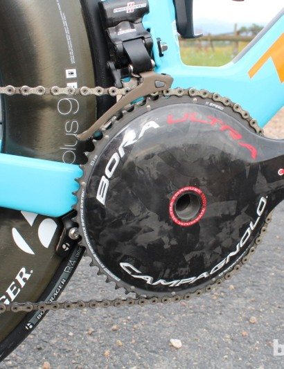 Trek Speed Concept 9 Series: The bike uses a BB90 system