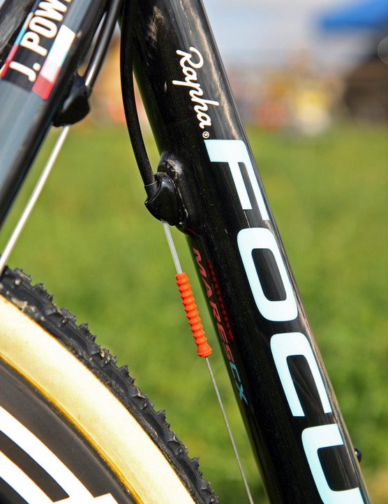 Gore Ride-On sealed cables are still enormously popular on the pro cyclocross circuit despite the fact that the company discontinued their production last year