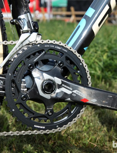 Cross-specific 46/36T chainrings are mounted to the SRAM Red 22 BB30 crankset