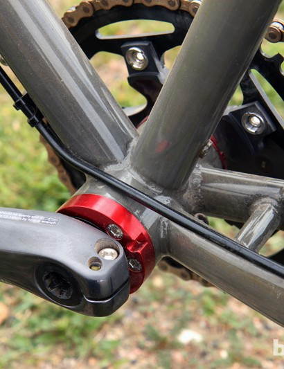 Van Dessel has moved from its four-bolt eccentric bottom bracket to a PF30 setup that more easily allows for both geared and singlespeed drivetrains