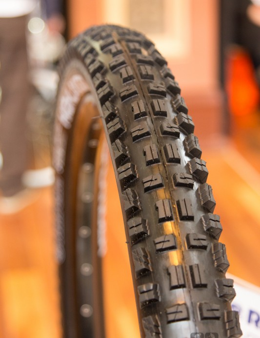 The Highlander is Rubena's first world cup quality downhill tyre. At under 1kg, it'll make a great enduro race tyre