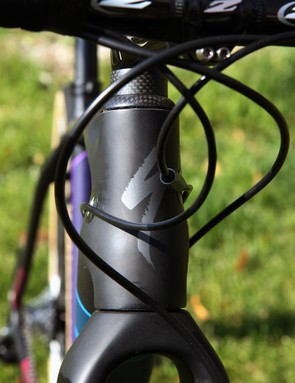 The hourglass-shaped head tube is reminiscent of Specialized's road-going Tarmac range
