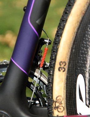 Gore Ride-On sealed derailleur cables and housing are practically standard issue in the top tiers of cyclocross