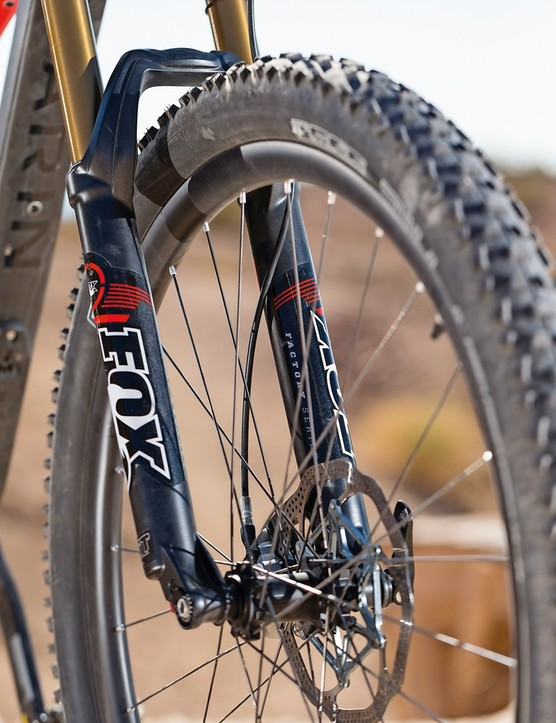 The 650b wheels run quality Schwalbe tyres on stiff carbon rims