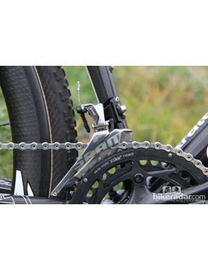 Upfront, there's a SRAM Red 22 rear derialleur