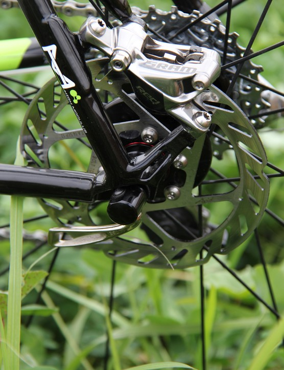 The SuperX Hi-Mod Disc frame has post mounts for a 140mm rotor