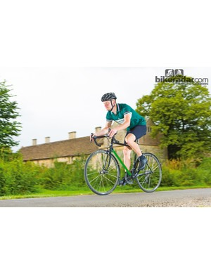 Genesis Equilibrium 853 is an ideal bike for winter training, commuting or long weekend road rides