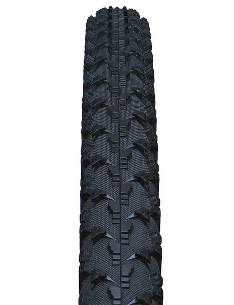 The 700x32mm Cross Wolf features a terraced tread pattern intended to perform well is intended to perform well over a wide range of conditions