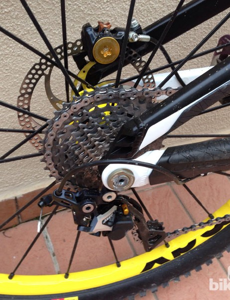 A 12mm thru-axle is part of the concentric rear suspension pivot