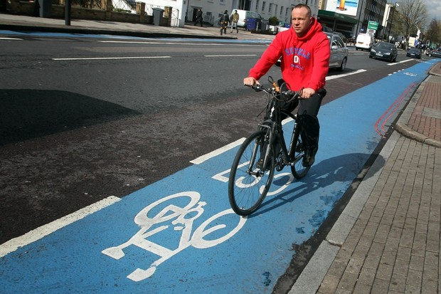 CTC says blue paint and white lines do not offer cyclists adequate protection