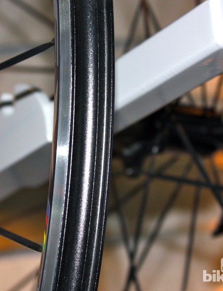 Solid outer walls on the new Ritchey WCS Zeta II rims make for easy tubeless compatibility