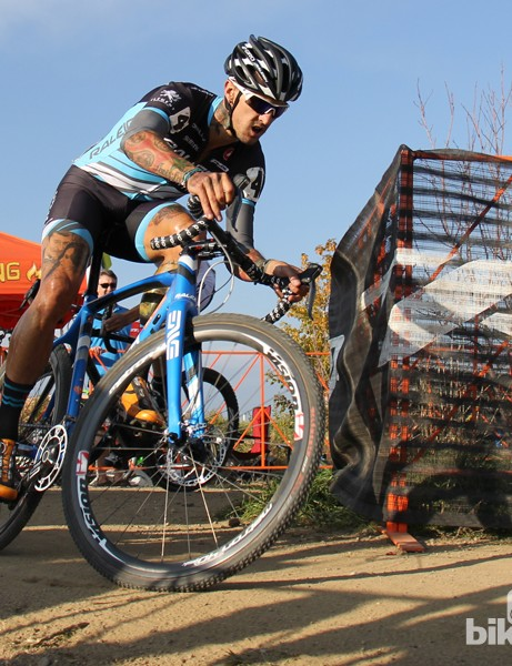 Raleigh-Clement racer Ben Berden rides a Raleigh RXC Pro with 1x11 electronic shifting and hydralic disc brakes