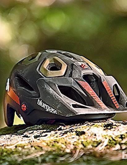 Bluegrass Golden Eye helmet