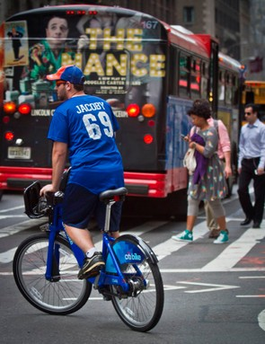 A helmet-less user on New York Citibike Scheme