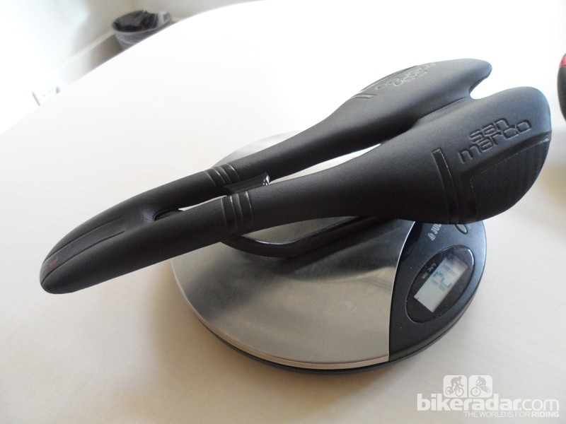 The stealthy Aspide Carbon FX is impressively light at just 121g