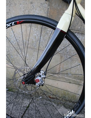 The Viaje is happy with either mechanical or hydraulic discs fitted