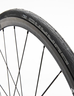 Schwalbe Durano: a benchmark for all-weather tyres