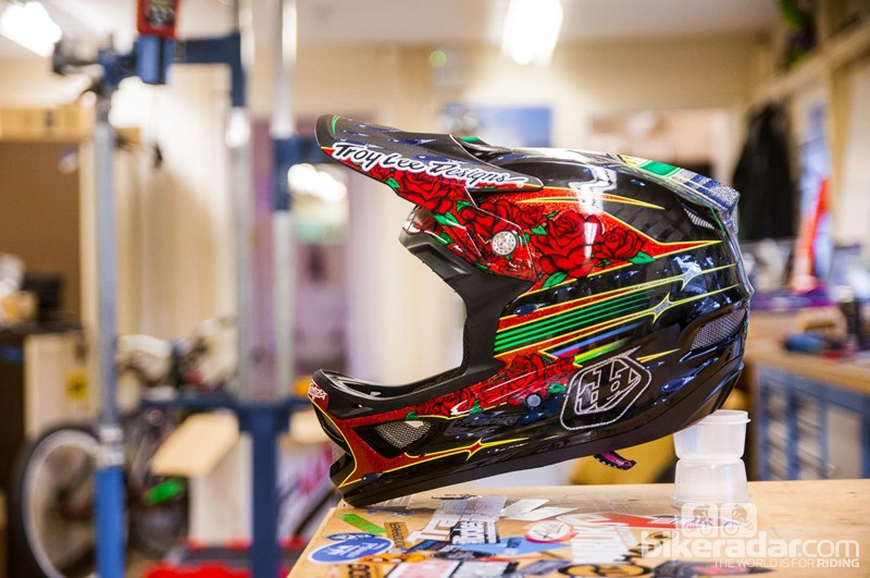 Troy Lee D3 Carbon Sam Hill helmet