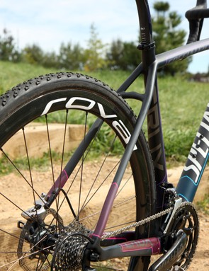 While it's not the most expensive model in Specialized's cyclocross bike lineup, the CruX Pro Race Red Disc is perhaps the most raceworthy of the bunch with its smart parts mix and two sets of wheels included in the purchase price - one for training, and one for racing.
