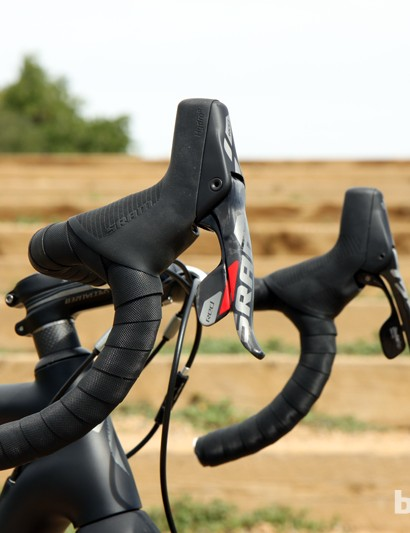 Some have decried the shape of SRAM's new Red hydraulic levers but they should be great for cyclocross