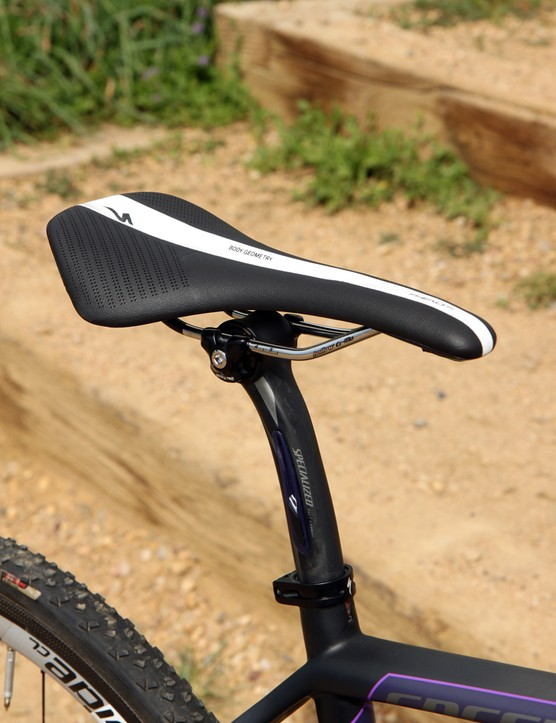 The Specialized Phenom Comp saddle is firm and only minimally padded but still very comfortable thanks to its smart shape