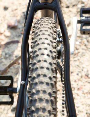 Kenda Slant Six tyres are a great addition – plenty of all-round grip but slow rolling on smooth surfaces
