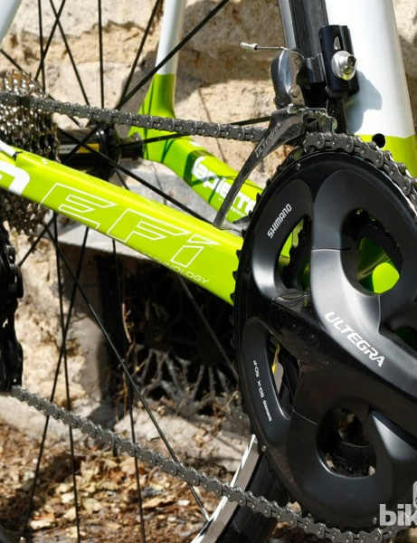 The Xelius climbs well, partly thanks to the combination of a 12-28 cassette and 50/34 compact chainset
