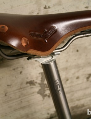 Brooks and USE saddle and seatpost combo
