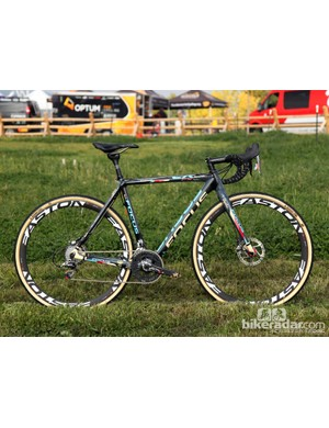 The Focus Mares CX is one of the more progressive frames on the market with its low and slack geometry