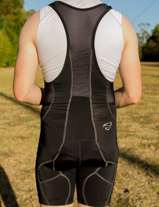 Netti Ballsitics bib shorts: the mesh bib straps breathed well, but bunched at the front of the shoulders