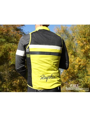 Rapha winter wear: The back of the vest that comes with the Brevet jersey