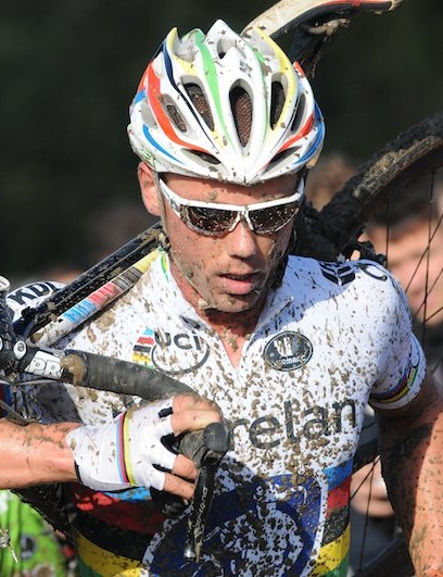 Sven Nys, resplendent in his world champion's jersey, is always a big draw for the public