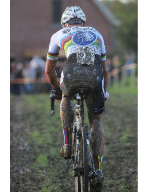 Sven Nys ploughing a lonely furrow across the fields back towards town
