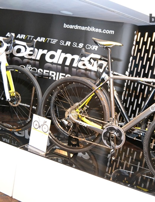 The disc brake-equipped Boardman CXR range comes in a range of builds