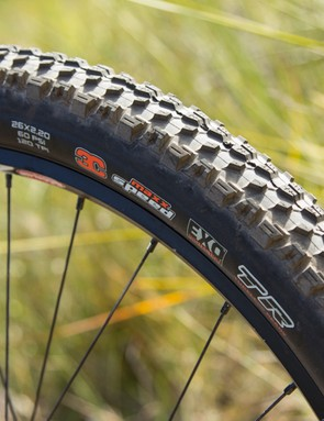 The Maxxis Ardent Race features a large volume and durable casing