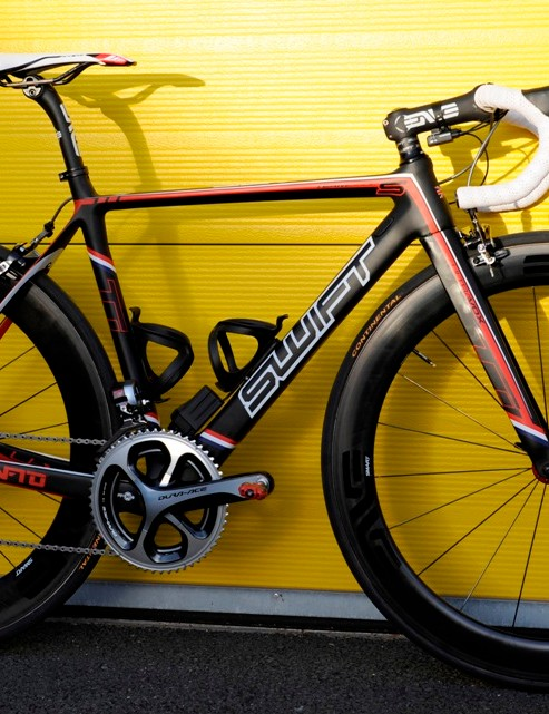 The Swift Carbon Ultravox is a looker