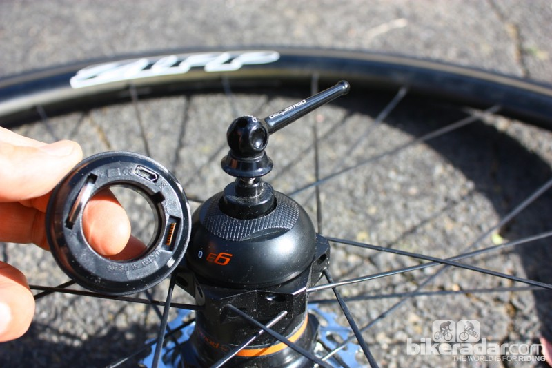 PowerTap GS Zipp 202 Bluetooth wheelset: The 'Powercap' can be replaced to switch the power meter to ANT+