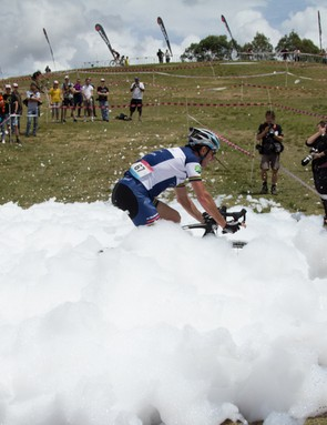 Rapha SuperCross frothed up a foam bath for those competing in open men's and costume categories